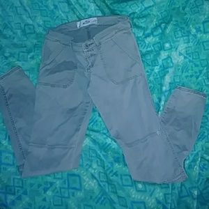 Hollister cargo size 3 skinny jeans
